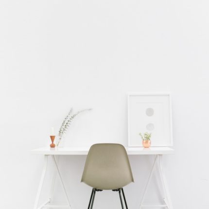 beige-and-black-chair-in-front-of-white-desk-509922